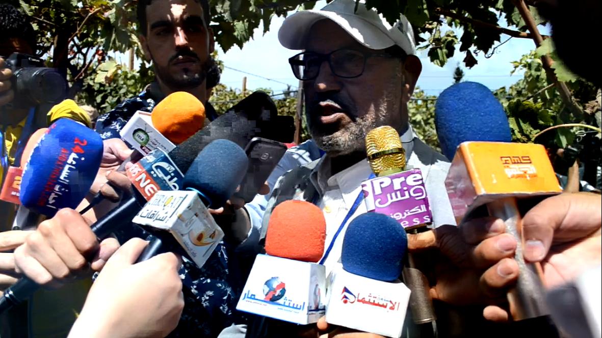 كلمة محمد العمري نائب رئيس الغرفةالجهوية والكاتب العام لجمعية رواد بمناسبة الاحتفالات بمهرجان العنب بجماعة الشراط